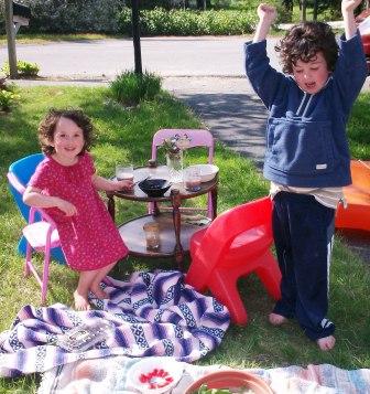 Yard picnic, 2011