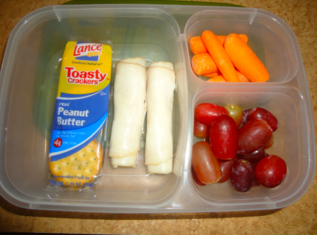 PB crackers, rolled turkey, carrots and grapes