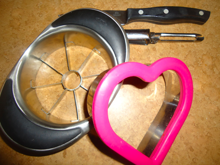 Apple slicer, cookie cutter, veggie peeler