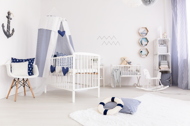 baby-bedroom-in-marine-style-P9FL759.JPG