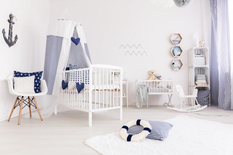 baby-bedroom-in-marine-style-P9FL759.JPG
