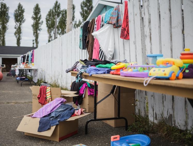 garage-sale-with-lot-of-items-PEHL8U4.jpg